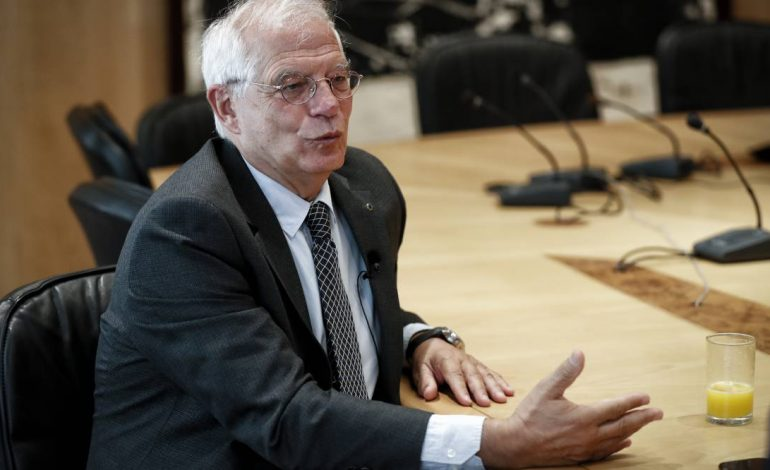 """Ministro español aseguró que la intervención militar """"no es una solución"""""""