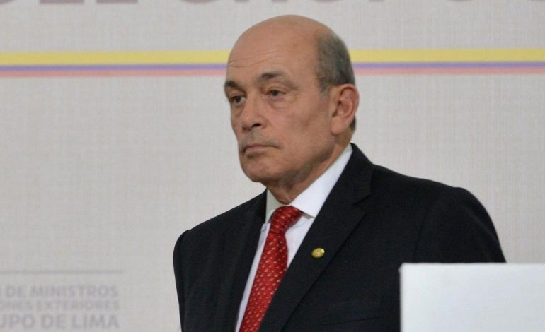 ¡Bien hecho! Perú anulará visas de diplomáticos chavistas
