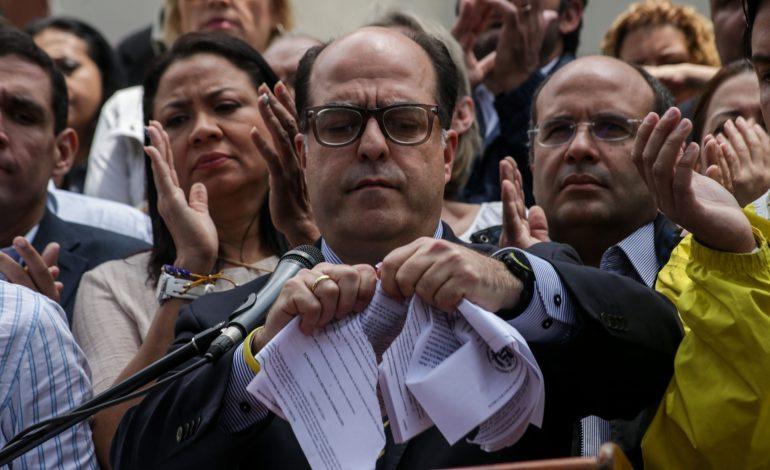 Borges solicitará en el Grupo de Lima uso de la fuerza contra la dictadura
