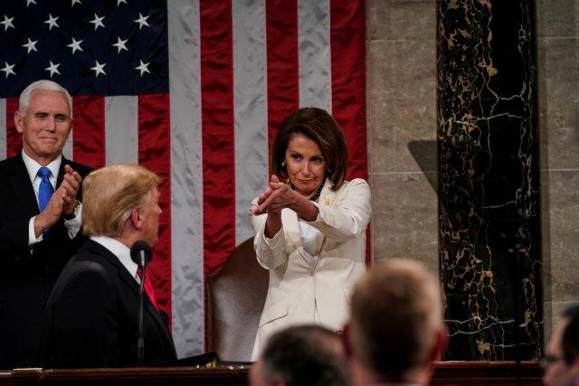 Pelosi pide al Congreso estadounidense redactar artículos del juicio político contra Trump