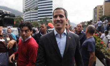 Reuters: Guaidó podría congelar cuentas de Venezuela en Suiza por irregularidades
