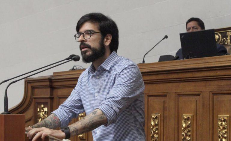 Parlamento venezolano condenó represión que impidió el ingreso de ayuda humanitaria al país