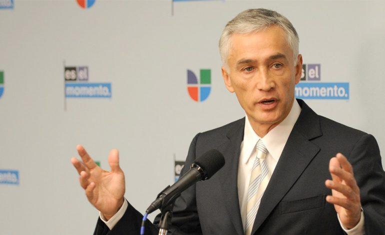 ¡Insólito! Detienen a periodista de Univisión y lo despojan de sus cámaras dentro de Miraflores