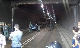 GNB agredió a caravana de diputados y bloqueó el túnel de La Cabrera (+vídeos)