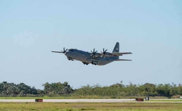 Avión con ayuda humanitaria llegó a Cúcuta desde EEUU este jueves