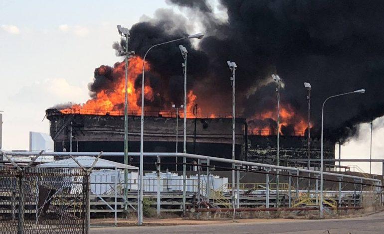 Tanques de almacenamiento de Pdvsa explotaron en Petro San Félix