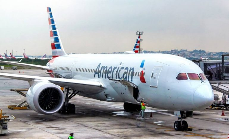 American Airlines mantiene la suspensión de sus vuelos en aviones Boeing 737 Max