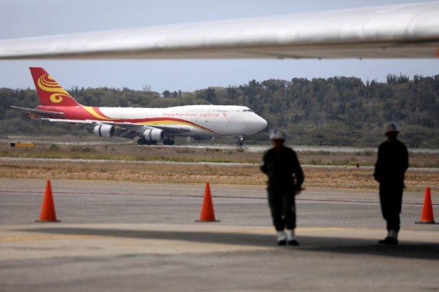 Así fue la llegada del avión con ayuda humanitaria China a Maiquetía (+FOTOS)