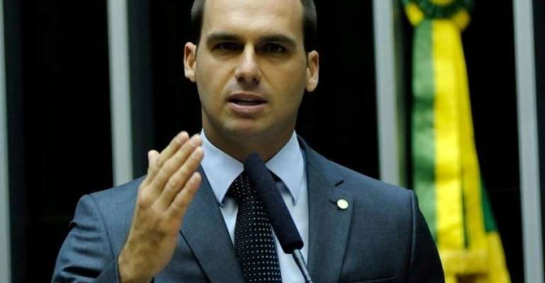 Eduardo Bolsonaro prometió impulsar acciones contra Maduro