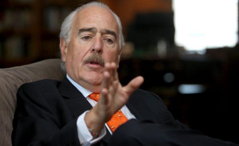 Pastrana acusó a Maduro de ser el nuevo Pablo Escobar