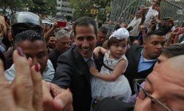 Guaidó se presentó en iglesia caraqueña para celebrar le miércoles de ceniza