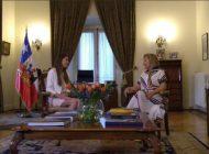Fabiana Rosales llegó al Palacio de La Moneda para encontrarse con la Primera Dama chilena (+video)