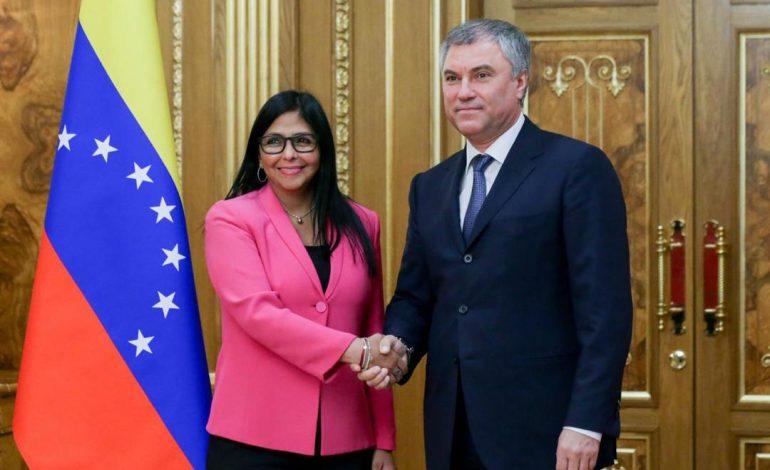 Delcy Rodríguez visitó Rusia en busca de dinero y sólo el dieron palabras de apoyo