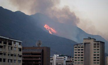 En fotos: Así se vio el incendio en El Ávila