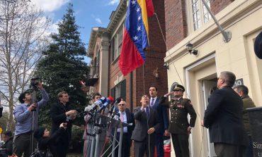 Vecchio asumió el control de tres sedes diplomáticas de Venezuela en EEUU