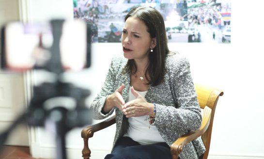 """Machado invitó a la creación de una """"verdadera"""" alianza internacional para acabar con Maduro"""