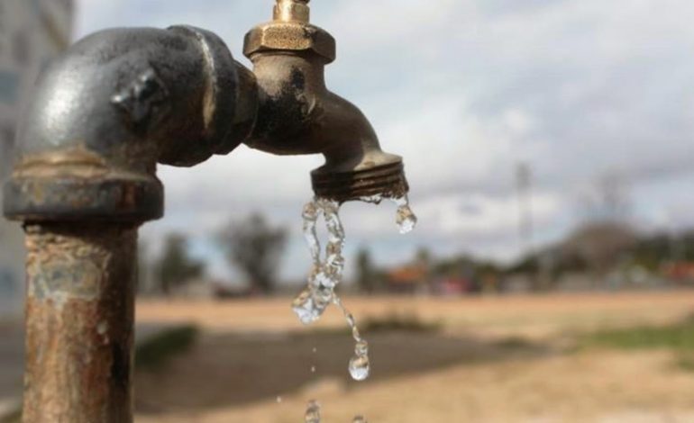 Solo el 10% de los habitantes de la capital venezolana tienen agua diariamente