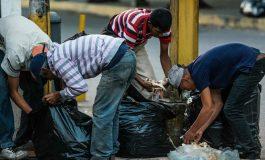 Reuters: Venezolanos buscan comida en la basura para paliar el hambre