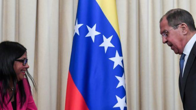 """Canciller ruso condenó en conversación con Pompeo """"injerencia flagrante"""" de EEUU en Venezuela"""
