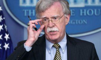 John Bolton agradeció al gobierno de Malta por negar paso de aviones rusos
