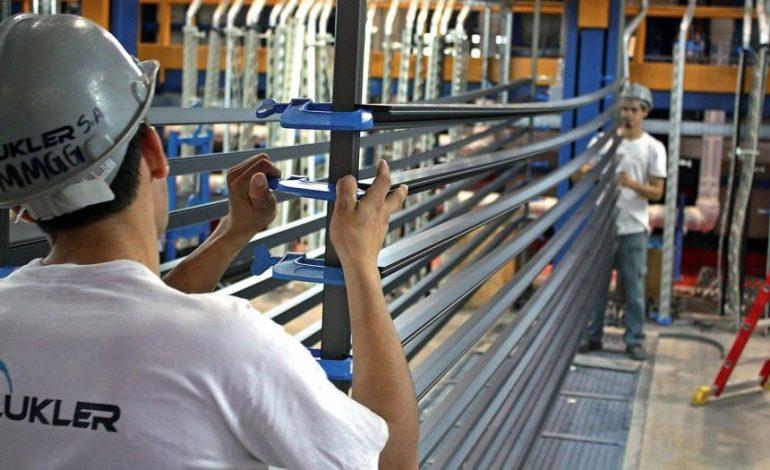 ¡Otra más! Régimen de  Maduro trasladará oficina de compañía metalúrgica a Moscú