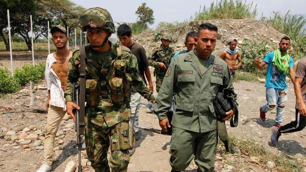 ¡Huyendo del régimen! Cifra de militares venezolanos que desertaron aumenta a 567