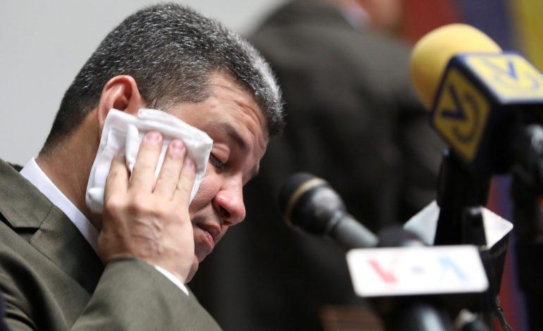 Cabello le da la bienvenida a Luis Parra como presidente del Parlamento