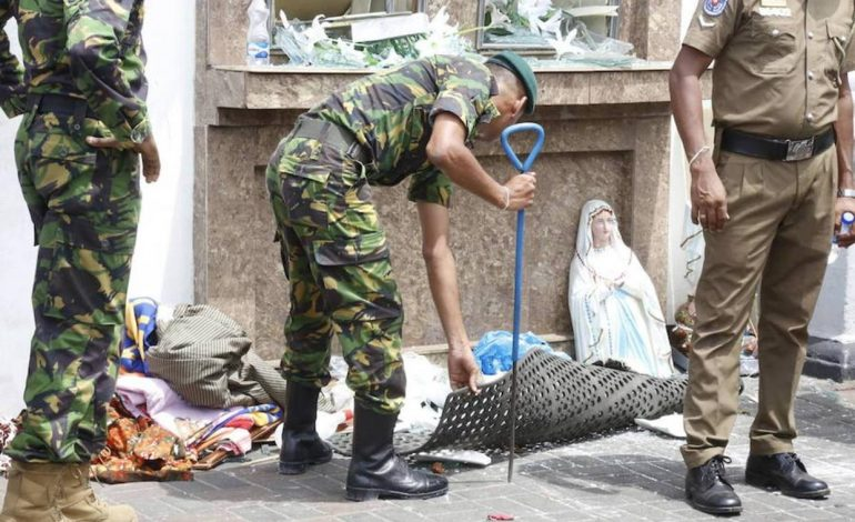 Atentado en Sri Lanka dejó más de 200 muertos y 400 heridos