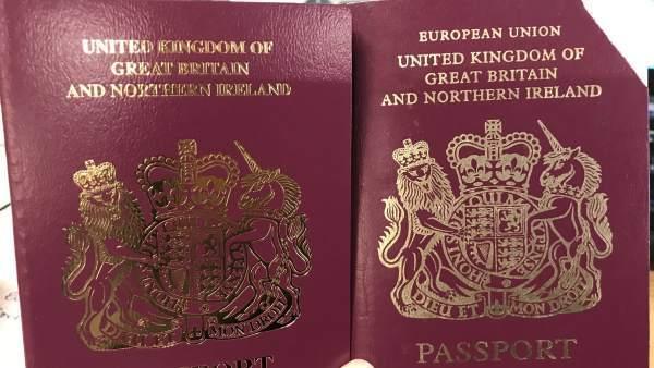 Los 50 países que reconocieron a Guaidó podrían aceptar pasaportes vencidos