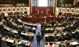 ¿Contra los venezolanos? Cámara de la Florida aprueba prohibición de las ciudades santuarios
