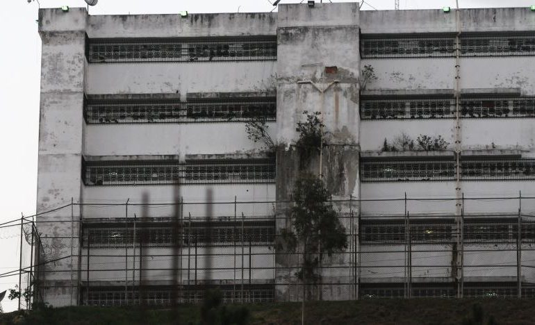 Familiares de militares presos en Ramo Verde exigen fe de vida (+vídeos)