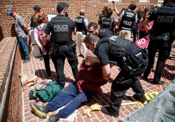 Arrestaron al grupo de activistas ocupantes de la embajada de Venezuela en EEUU