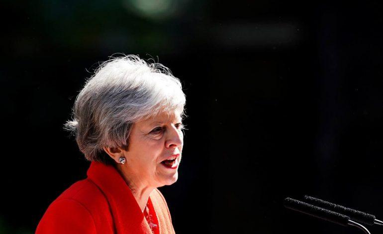 Theresa May, primera ministra británica renunció a su cargo