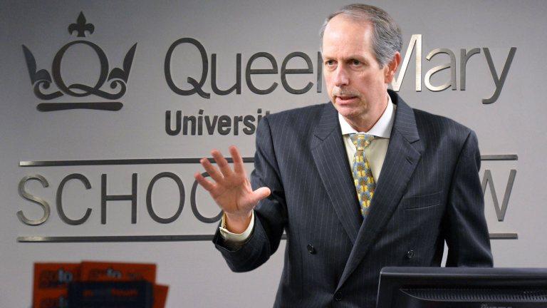 Presidencia (E) contrató a Lee Buchheit como asesor para reestructuración de la deuda externa de Venezuela