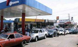 Carabobeños pierden la paciencia y la tolerancia tras fallas en el suministro de gasolina