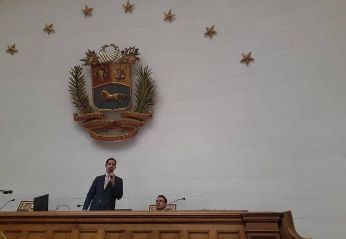 Guaidó: es cínico insinuar unas elecciones cuando se las robó el año pasado