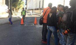 Efectivos de la GNB amenazan a los periodistas que están en los alrededores de la AN