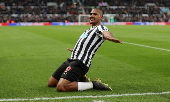 Salomón Rondón anotó su décimo gol en la Premier League con el Newcastle (+vídeo)
