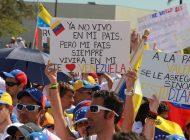 Portavoz del comando de Joe Biden condenó nuevo bloqueo al TPS para los venezolanos