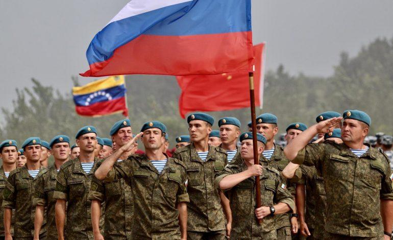 Rostec desmintió retirada de especialistas militares rusos de Venezuela