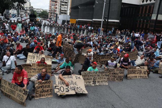 Murió ex trabajador petrolero que se encontraba en huelga de hambre en Caracas