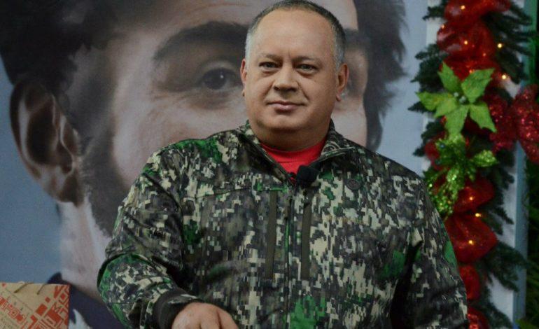 ¡Descaro! Cabello afirmó que sanciones al director del Saime impedirán impresión de pasaportes