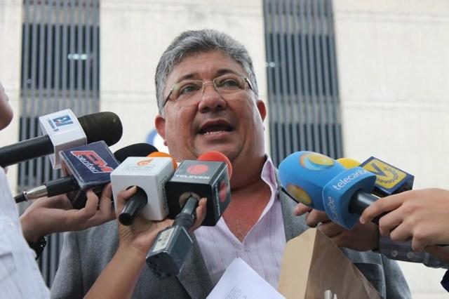 """Diputado Pirela pidió invocar el artículo 187 y cerrar """"la farsa"""" del diálogo"""