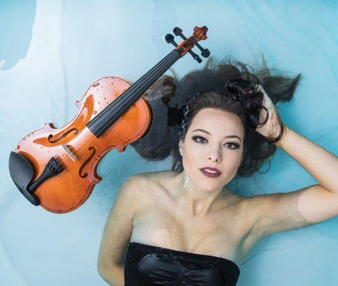 """Violinista Lauren Conklin lanza su primera producción """"Water Music"""""""