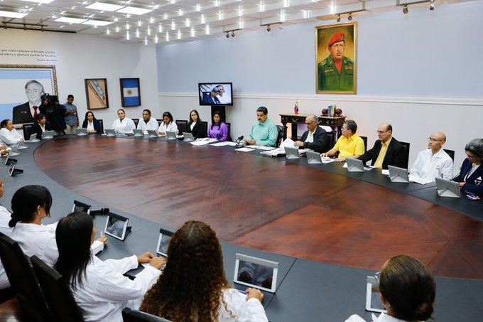 """Maduro anunció acuerdo con Cruz Roja """"para acelerar"""" ingreso de ayuda humanitaria a Venezuela"""