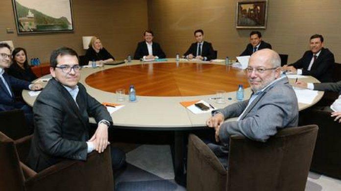 Exiliados en Miami solicitan a Guaidó que acuda a la OEA a solicitar aplicación del TIAR