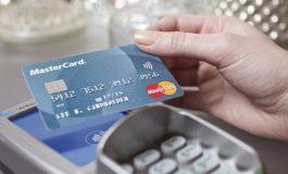 Mastercard permitirá a personas transgénero utilizar el nombre que eligieron en sus tarjetas de crédito