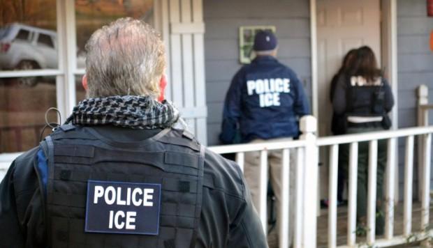Gobierno de Trump iniciará este domingo redadas masivas de indocumentados en EEUU