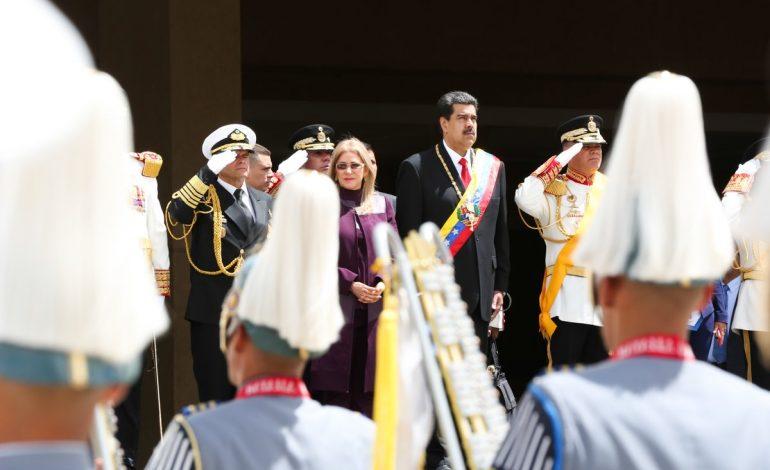 EEUU aprueba diálogo si ayuda a la salida de Maduro