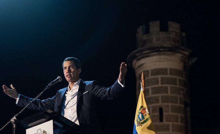 Guaidó amenazó con tomar medidas por levantamiento de inmunidades parlamentarias